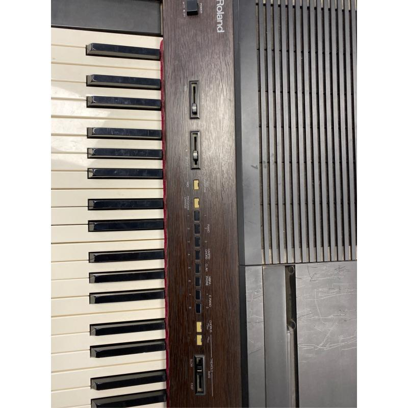 TASTIERA MUSICALE ROLAND PIANOFORTE | Mercatino dell'Usato Atripalda 3