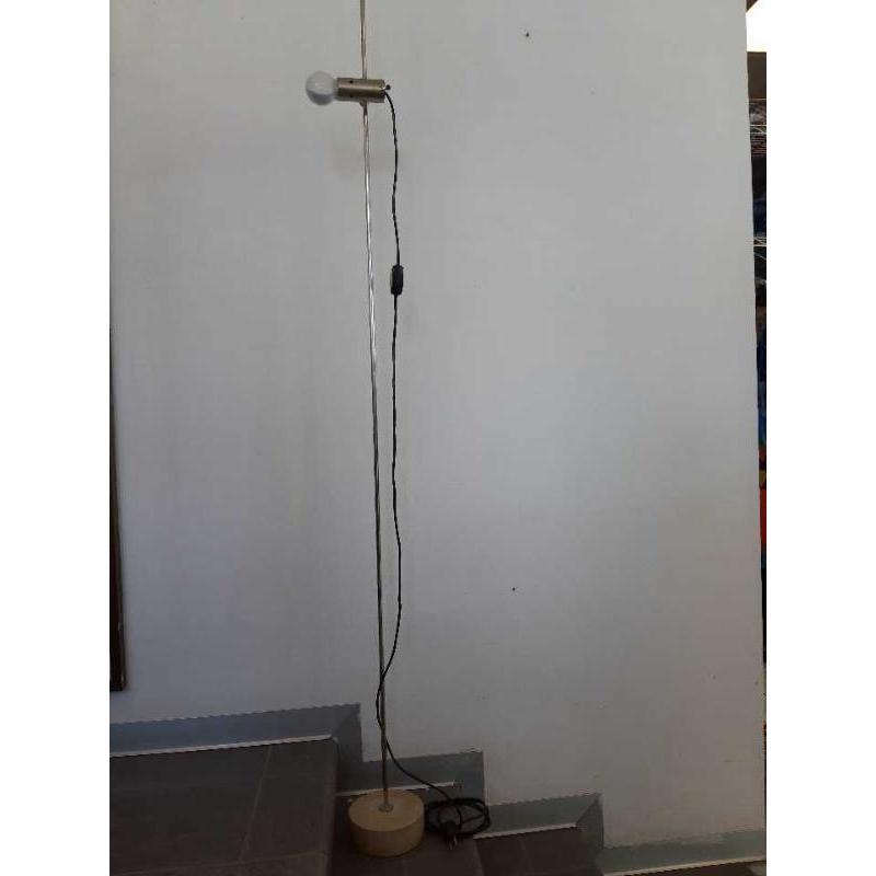LAMPADA DA TERRA DI TITO AGNOLI PER OLUCE | Mercatino dell'Usato Bologna 1