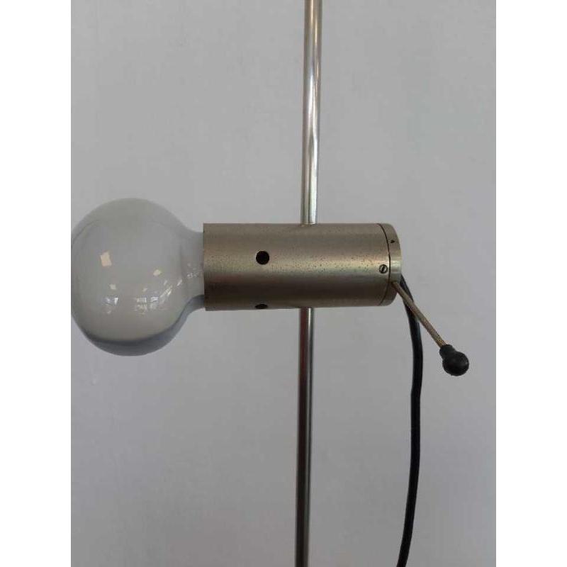 LAMPADA DA TERRA DI TITO AGNOLI PER OLUCE | Mercatino dell'Usato Bologna 2