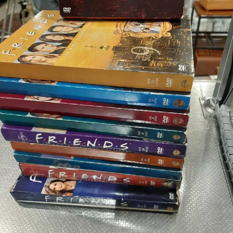 DVD FRIENDS SERIE COMPLETA STAGIONI 1-10 | Mercatino dell'Usato San giovanni teatino 2