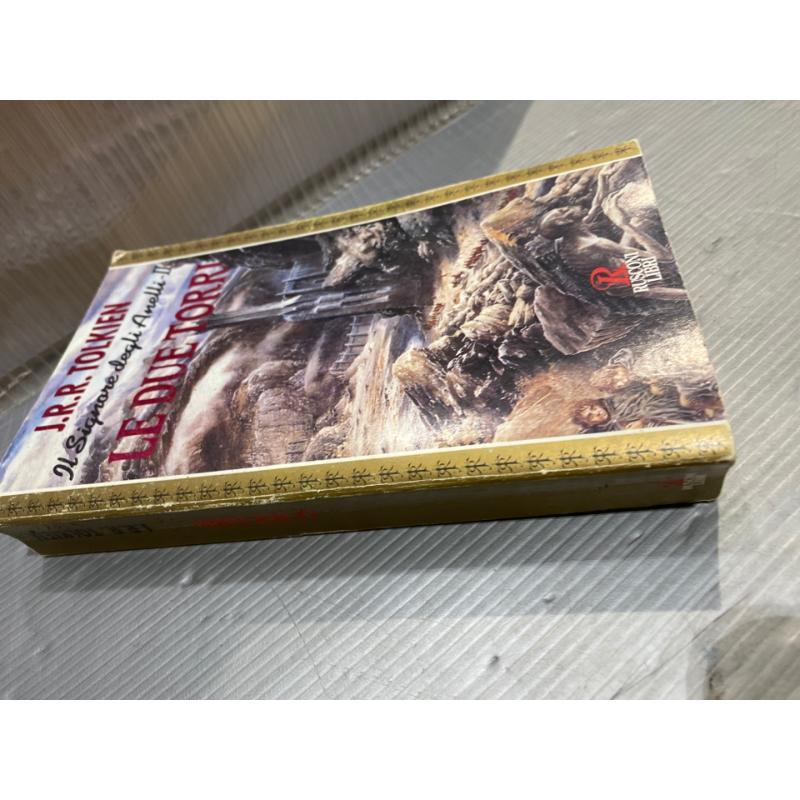 LIBRO IL SIGNORE DEGLI ANELLI LE DUE TORRI RUSCONI LIBRI 1993 PRIMA EDIZIONE   Mercatino dell'Usato San giovanni teatino 2