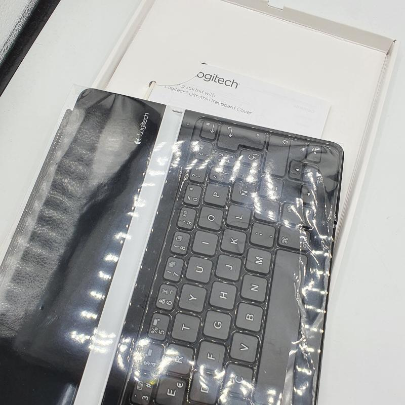 TASTIERA COMPUTER IPAD TABLET LOGITECH   Mercatino dell'Usato Lamezia terme 3