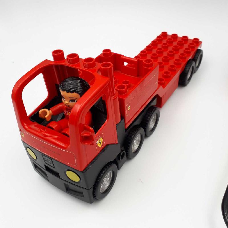 LEGO DUPLO SET FERRARI | Mercatino dell'Usato Corbetta 3