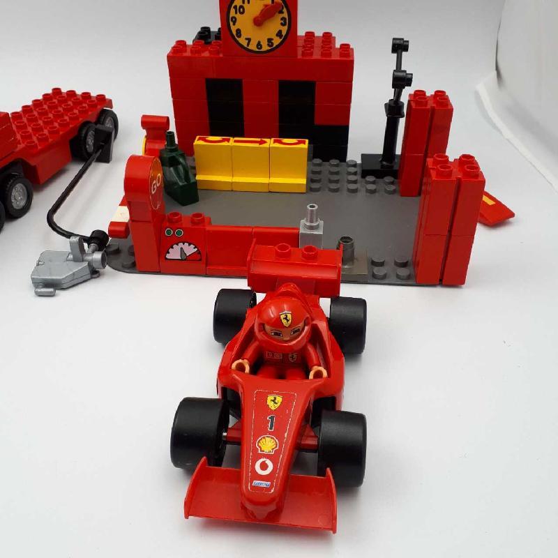 LEGO DUPLO SET FERRARI | Mercatino dell'Usato Corbetta 4