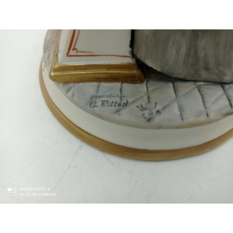 STATUINA CAPODIMONTE RAFIGURANTE RAPRESENTANTE LEGGE | Mercatino dell'Usato Milano centrale 3