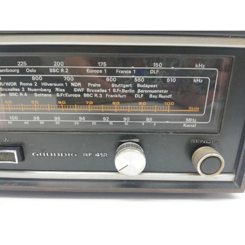 RADIO GRUNDIG FUNZIONANTE | Mercatino dell'Usato Milano san siro 2