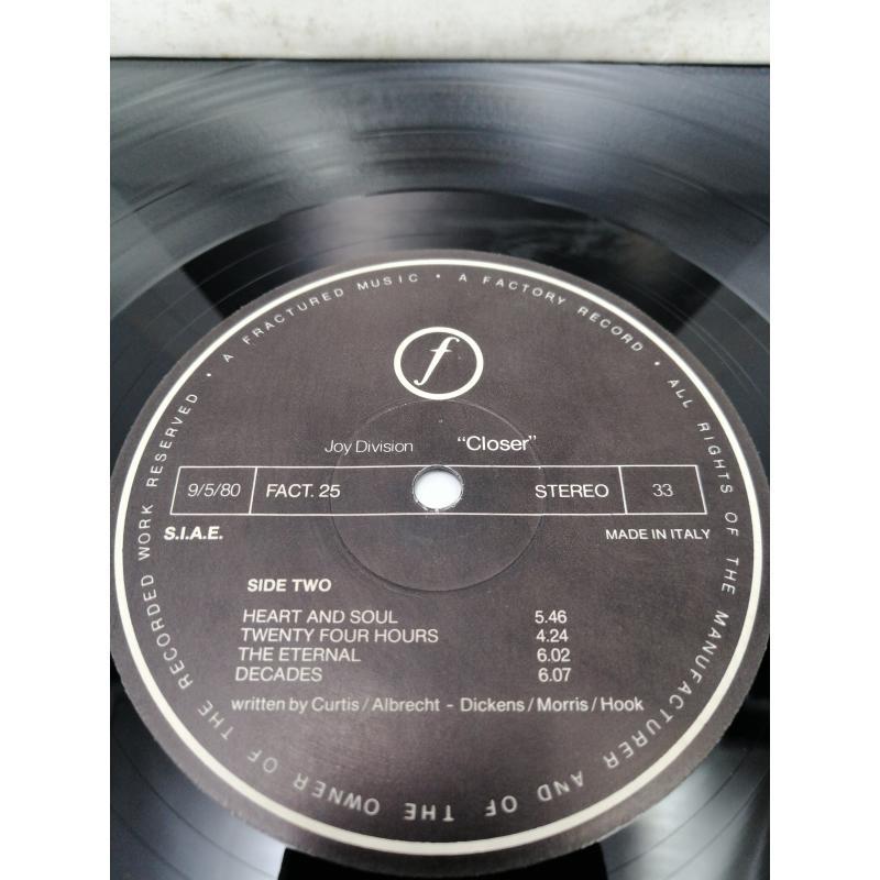 LP JOY DIVISION CLOSER  | Mercatino dell'Usato Roma garbatella 2