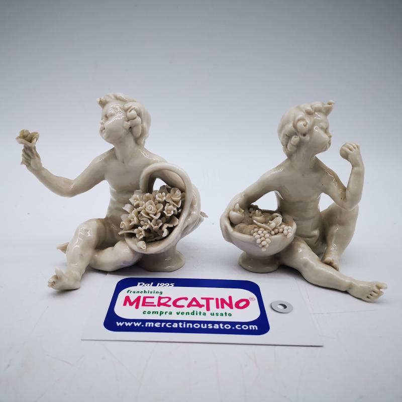 ANGELO PORCELLANA SEDUTO BIANCO  | Mercatino dell'Usato Roma gregorio vii 1