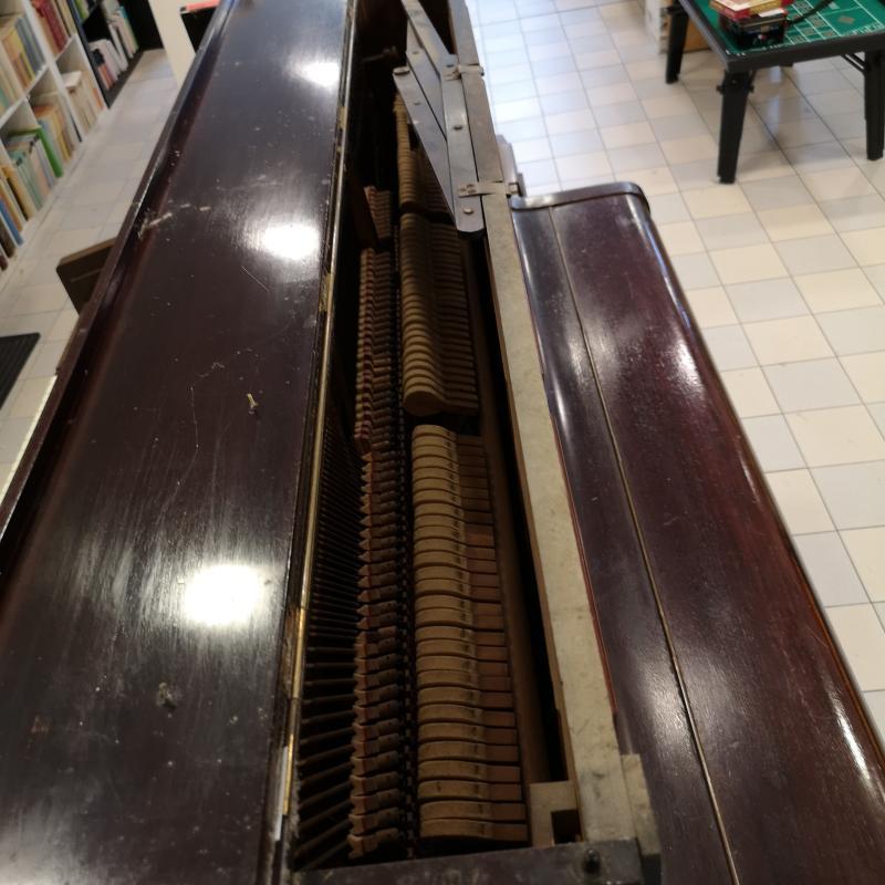 PIANOFORTE DALE FORTY LONDON | Mercatino dell'Usato Colleferro 2