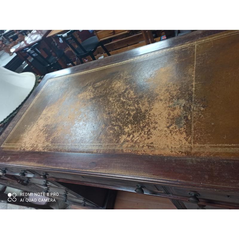 SCRIVANIA NOCE PIANO PELLE | Mercatino dell'Usato Roma montemario 2