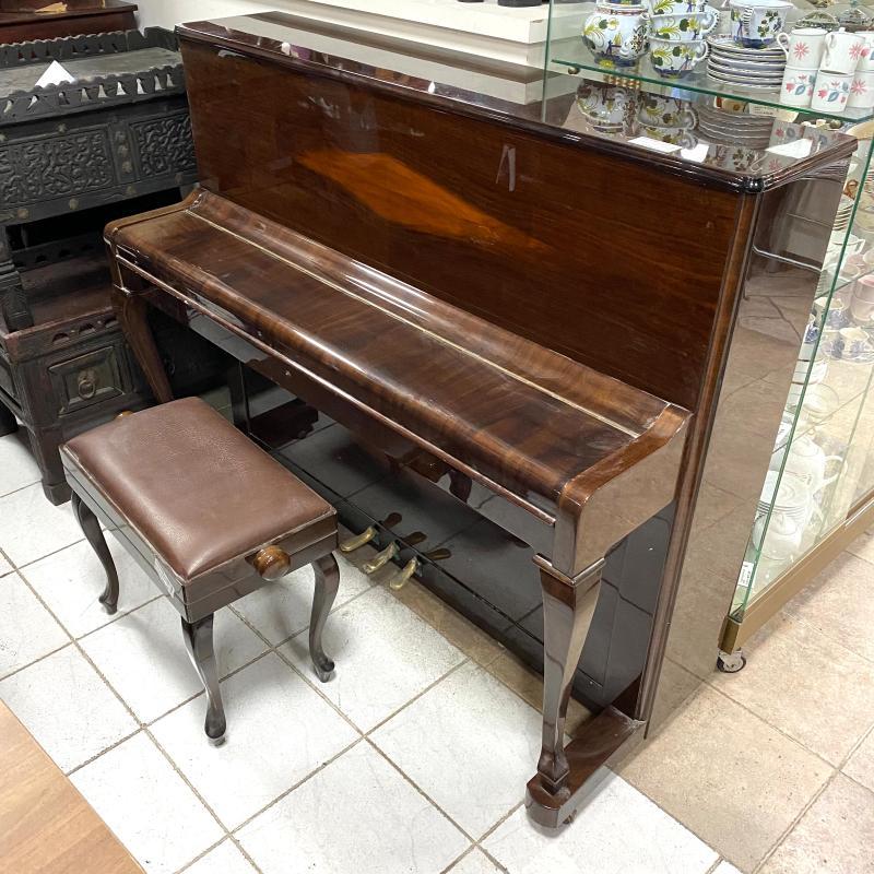 PIANOFORTE MARRONE+PUFF   Mercatino dell'Usato Roma montemario 1