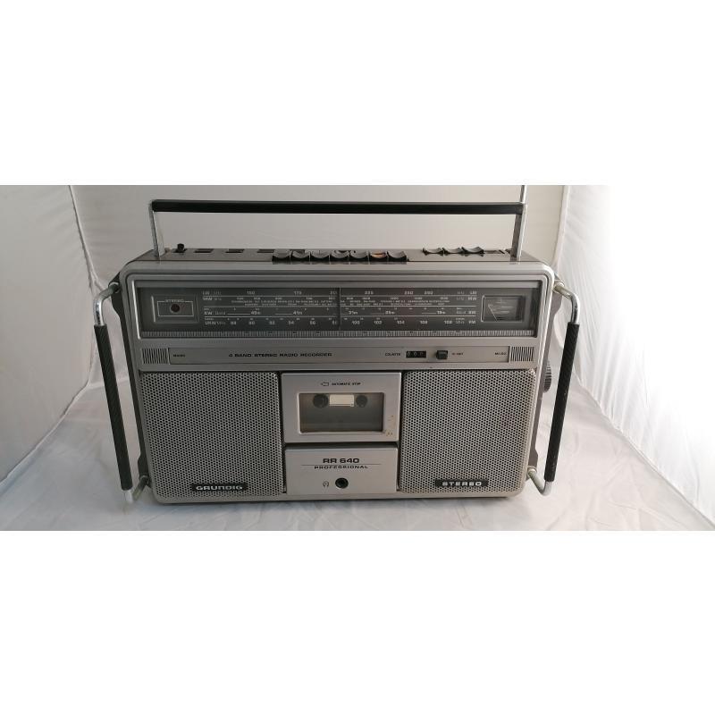 RADIO GRUNDIG RR640 CASSETTE DA RIVEDERE | Mercatino dell'Usato Pomezia 1