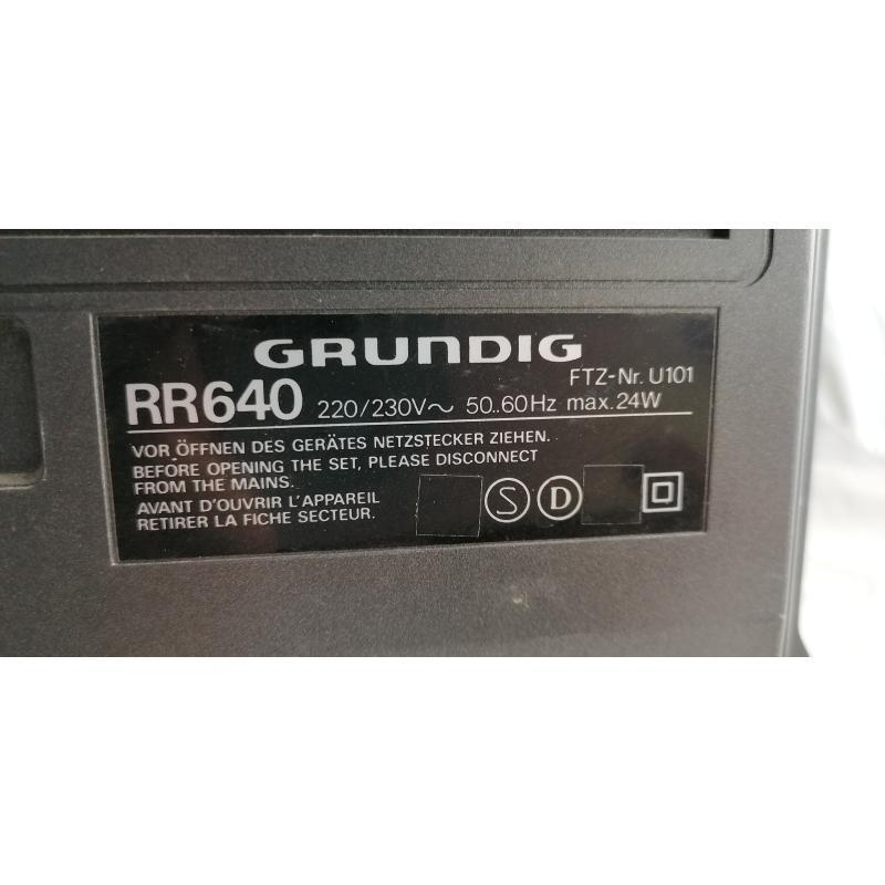 RADIO GRUNDIG RR640 CASSETTE DA RIVEDERE | Mercatino dell'Usato Pomezia 2