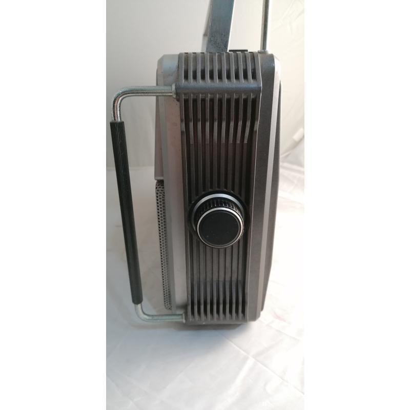 RADIO GRUNDIG RR640 CASSETTE DA RIVEDERE | Mercatino dell'Usato Pomezia 4