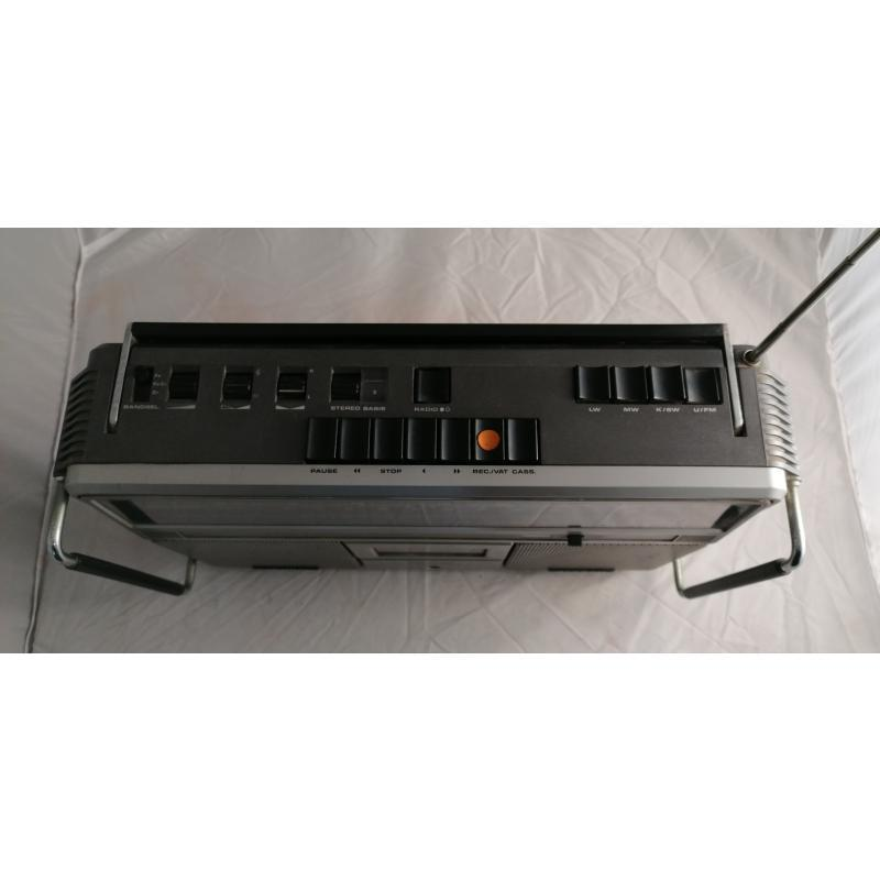 RADIO GRUNDIG RR640 CASSETTE DA RIVEDERE | Mercatino dell'Usato Pomezia 5