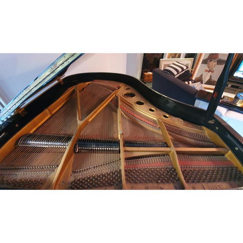 PIANOFORTE MEZZA CODA MAEARI INTERNO HYUNDAI COD. 810309 LACCATO NERO CON SGABELLO | Mercatino dell'Usato Teramo 3