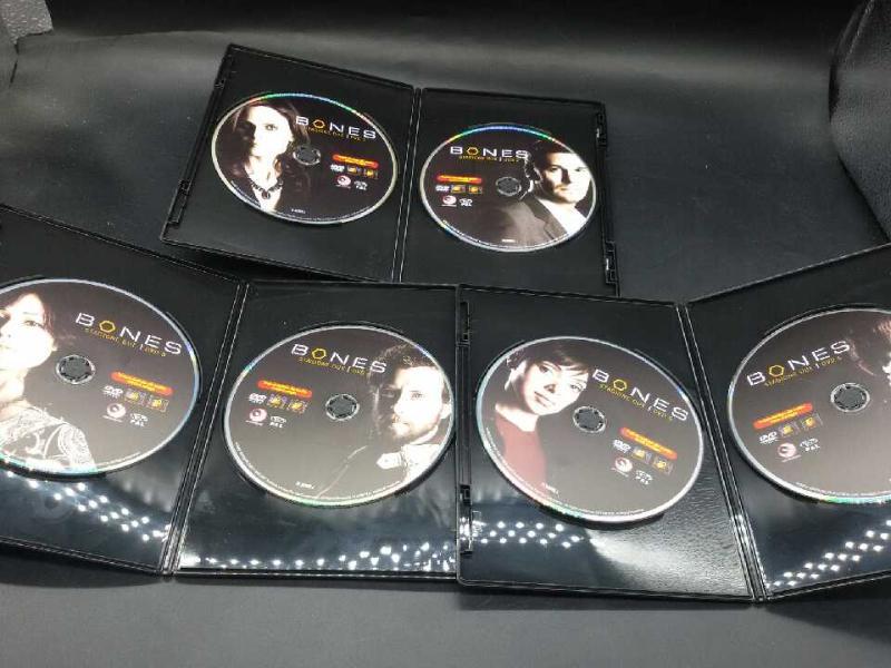 FILM BONES STAGIONE 2 | Mercatino dell'Usato Moncalieri bengasi 4