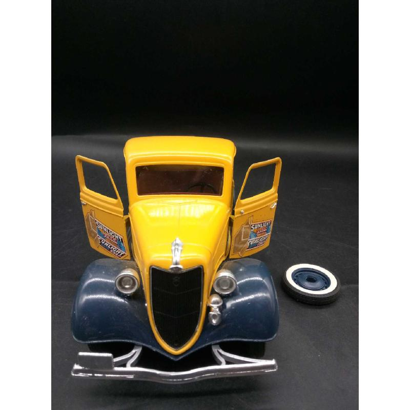 MODELLINO PICK UP SOLIDO FORD V8 VINTAGE NO RUOTA DI SCORTA   Mercatino dell'Usato Moncalieri bengasi 2
