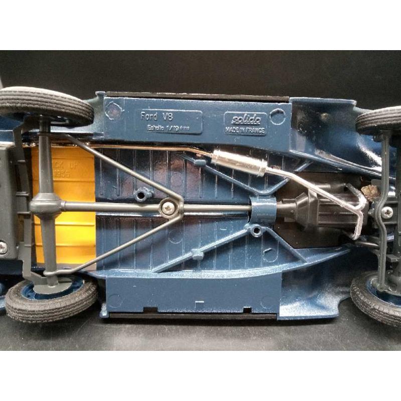MODELLINO PICK UP SOLIDO FORD V8 VINTAGE NO RUOTA DI SCORTA   Mercatino dell'Usato Moncalieri bengasi 4