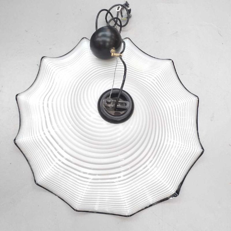 LAMPADARIO CAMPANA VETRO BIANCO BORDINO NERO | Mercatino dell'Usato Moncalieri bengasi 2