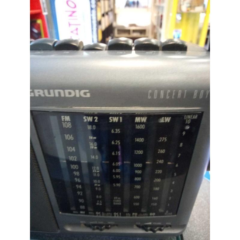 RADIO GRUNDIG CONCERT BOY 235 FUNZIONANTE | Mercatino dell'Usato Moncalieri bengasi 2