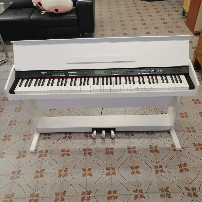 PIANOFORTE FUNKEY DP-88 II BIANCO | Mercatino dell'Usato Carmagnola 3