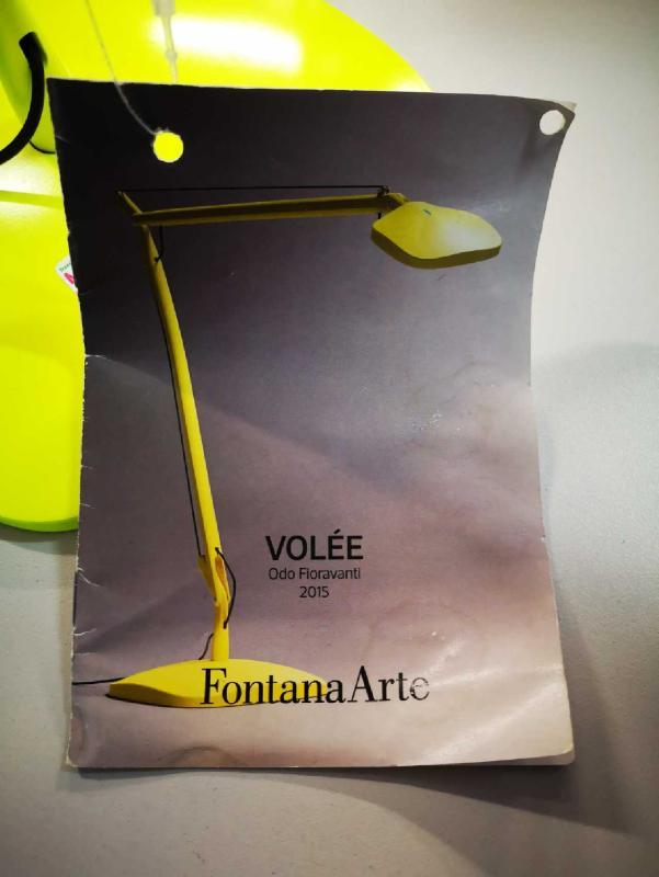 LAMPADA DA TAVOLO VOLÈE FONTANA ARTE | Mercatino dell'Usato Torino via lanzo 4