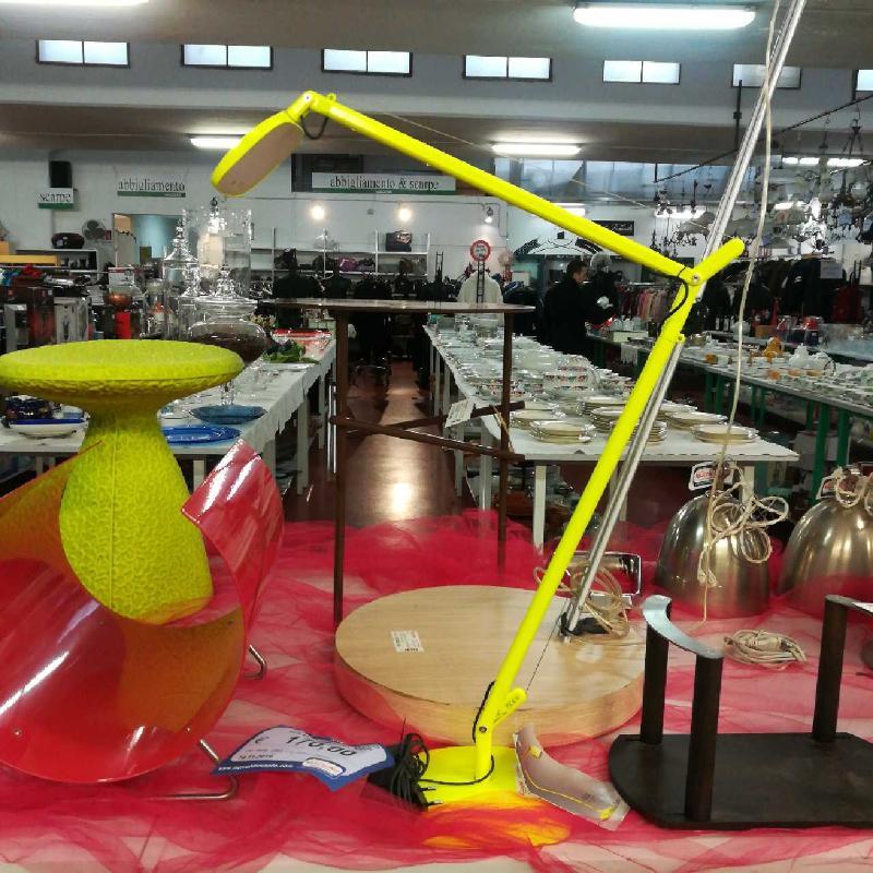 LAMPADA DA TAVOLO VOLÈE FONTANA ARTE | Mercatino dell'Usato Torino via lanzo 3