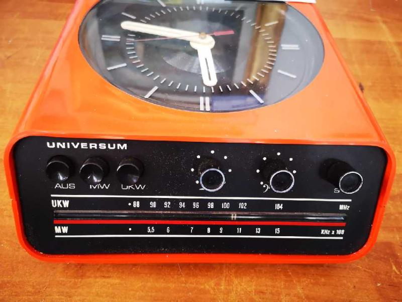 OROLOGIO RADIO UNIVERSUM ANNI 70  | Mercatino dell'Usato Torino via lanzo 2