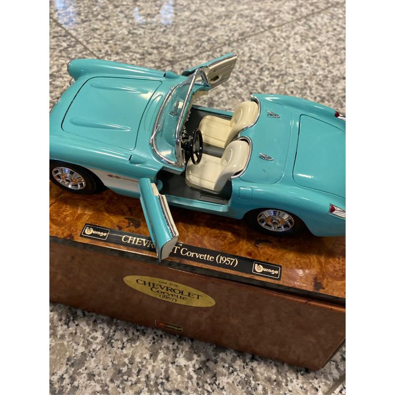 MODELLINO AUTO CHEVROLET CORVETTE 1957 | Mercatino dell'Usato Osasco 3