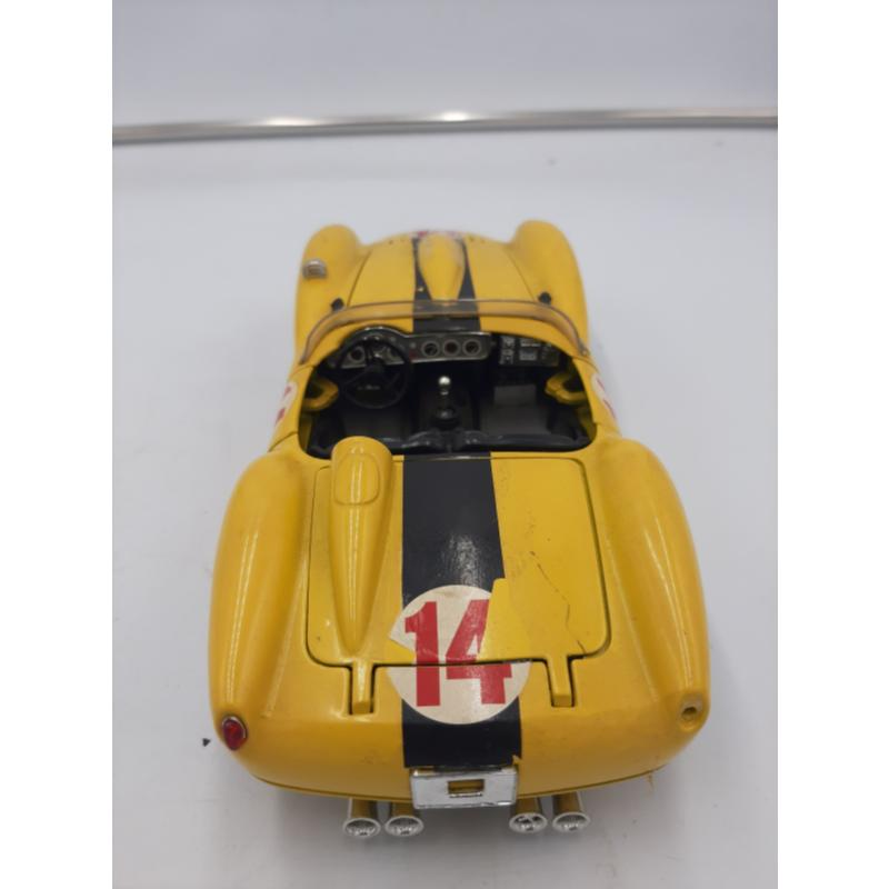 MODELLINO AUTO FERRARI GIALLA 250 TESTA ROSSA 1957 BURAGO | Mercatino dell'Usato Osasco 3