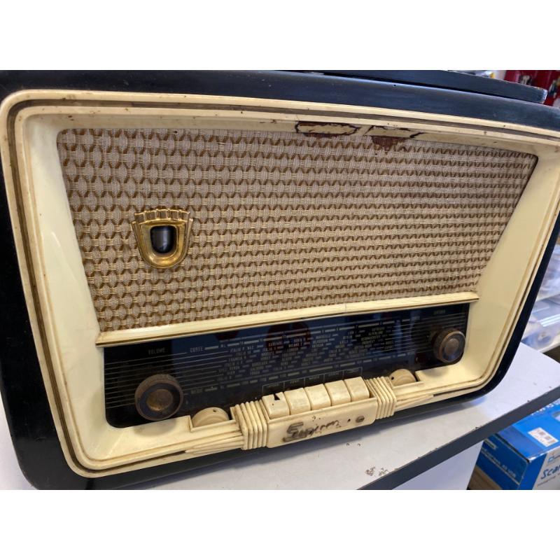 RADIO CON GIRADISCHI DA REVISONARE SINUDYNE    Mercatino dell'Usato Osasco 4