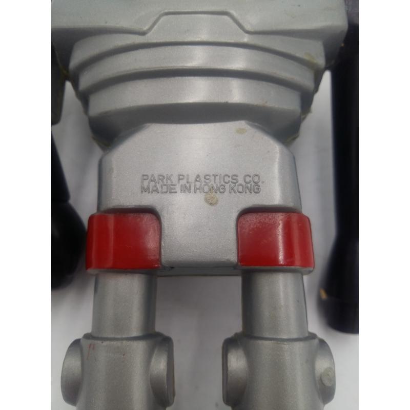 ROBOT ANNI 70 PARK PLASTICS HONG KONG | Mercatino dell'Usato Osasco 4