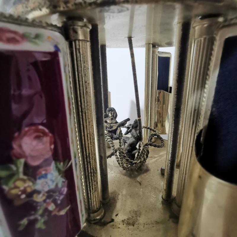 CARILLON APRIBILE VINTAGE DECORI VIOLA ROTTO | Mercatino dell'Usato Torino tommaso grossi 5
