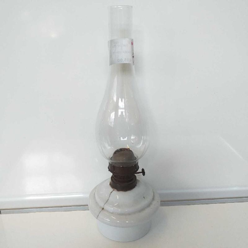 LAMPADA BIANCA CON VETRO    Mercatino dell'Usato Domodossola 1